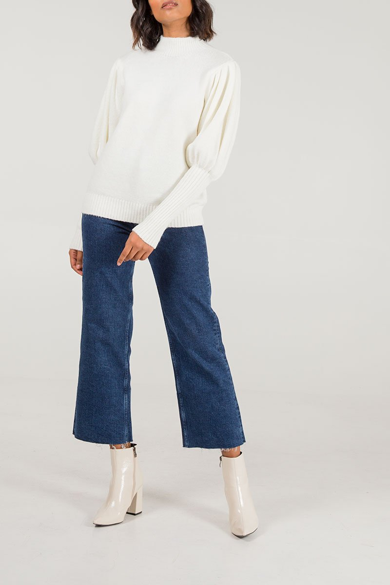 Puff sleeve jumper in cream