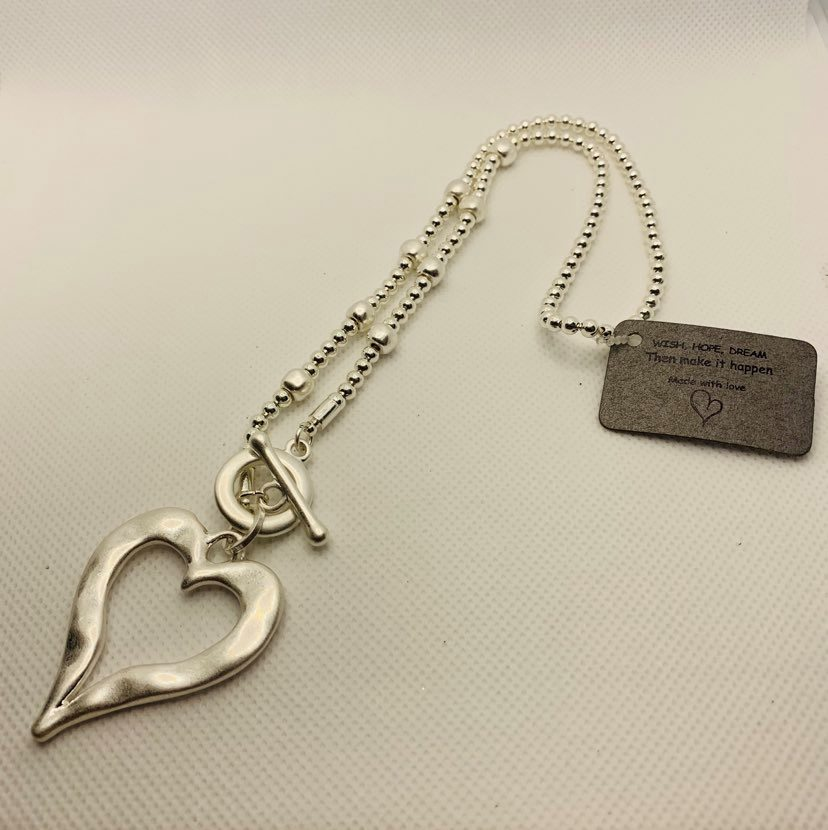 Silver Short Heart Fashion Necklace